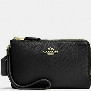 ❤NEW WITH TAGS●COACH DOUBLE ZIP WRISTLET❤❤